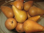pears in a bowl